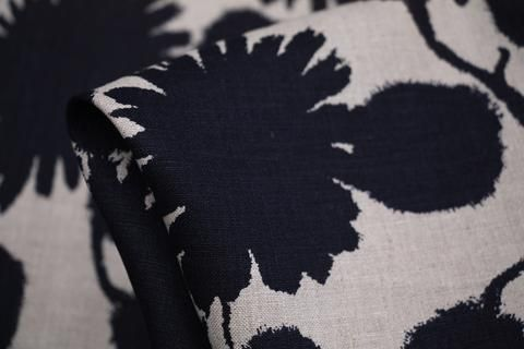 Frenchnavyprinted on string 100% linen. Width:148cm  Idealfor…