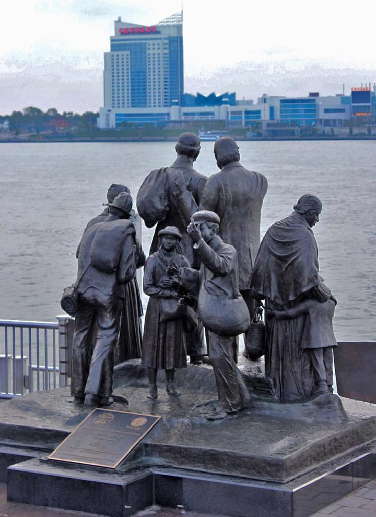 describing the popular underground railroad The underground railroad was a network of secret routes and safe houses  was a popular destination, as its  the escape network was not literally underground nor.