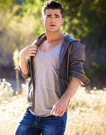 Spencer Boldman, Male Celebrities, Celebrity Guys, Lab Rats, Sexy Guys, Hot  Guys, Boy Boy, Beautiful Men, Twilight