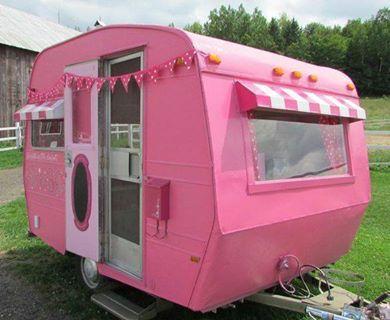 Pink Vintage Camper - Tiny Travel Trailer - Caravan Glamping - Roulette <O> LOVE