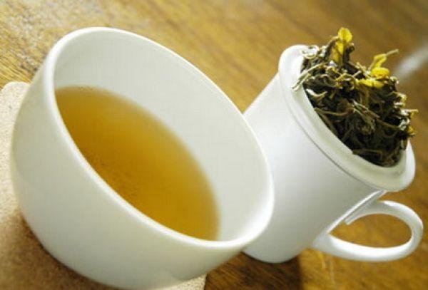 Cum acționează infuzia de ceai verde asupra tenului