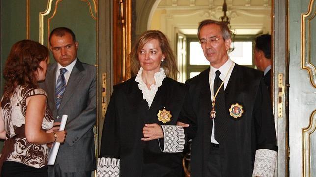 Para Martínez de Careaga y Bach no ha sido fácil desligarse de la etiqueta de sus matrimonios con Conde-Pumpido y Gordó