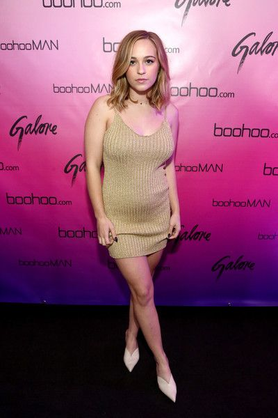 Cailee Rae Photos - Cailee Rae at the boohoo.com LA Pop-up Store Launch Party with Galore Magazine on November 1, 2017 in Los Angeles, California. - Cailee Rae Photos - 5 of 60