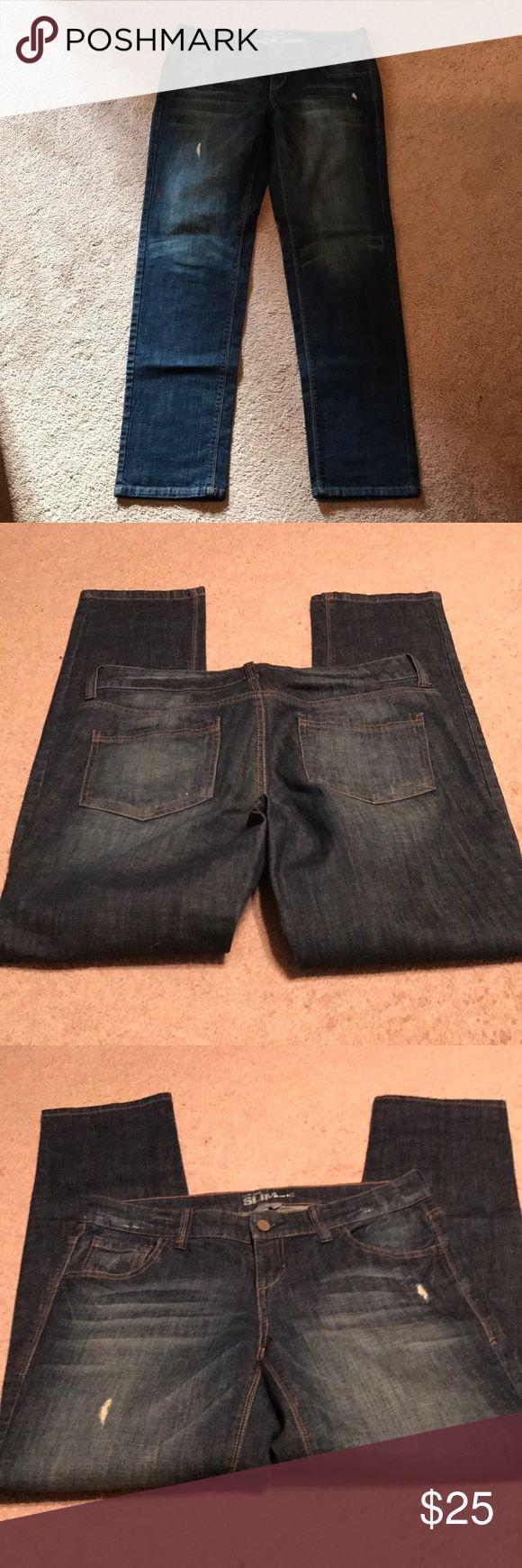 "New York & Co Slouch Jeans Waist 17"", inseam 30.5"", rise 8.5"". Cotton/spandex blend. Light distressing. New York & Company Jeans Boyfriend"