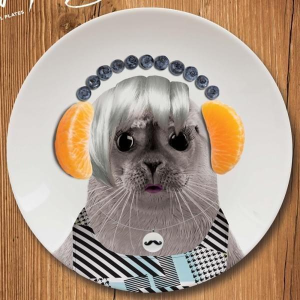petite assiette Wild Dining bébé phoque - cadeau maestro 12€