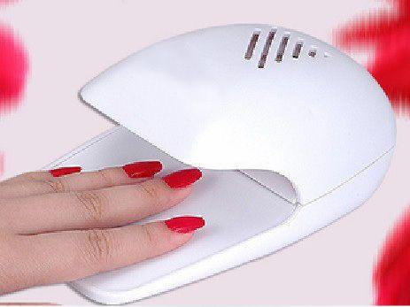 Дешевое Лак для ногтей фен заводские клей сухой аккумулятор мини сушилка станки оптовая продажа бесплатная доставка, Купить Качество Сушилки для ногтей непосредственно из китайских фирмах-поставщиках:      HOT 1Set/11Pcs Nail Art Tools Kit 4 UV Gel Builder+UV gel pen+ Nail File+GEL WATER+UV Top coat+Base Gel+Finge