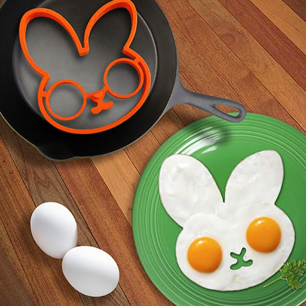 Lovely Egg Shaper Silicone Ring Mould. So cute!!!! Lovely!