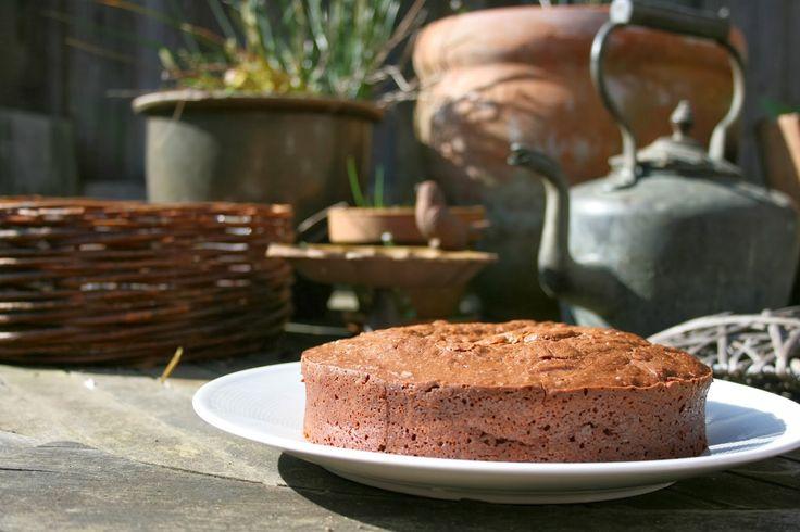 Delicious Mocha Chocolate cake!! - Enoah's world