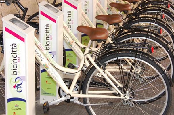 Magari anche un bel giro in bici stasera in occasione della Notte Colorata Gialla...che ne dite