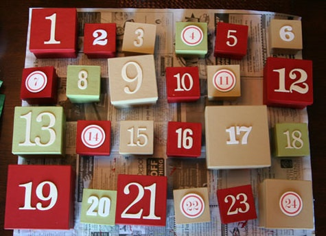 Advent Boxes  Calendario dell'avvento con scatoline