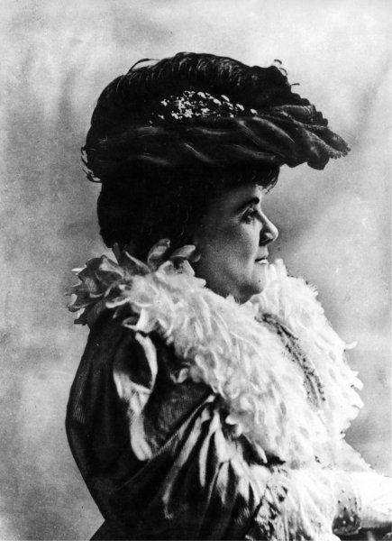 Matilde Serao. Patrasso 1856 - Napoli 1927 -  « Ventaroli è anche meno di un…