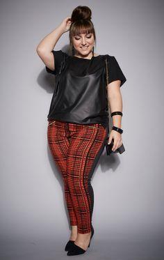 calça-plus-size-camisa-fashion-olook-curves