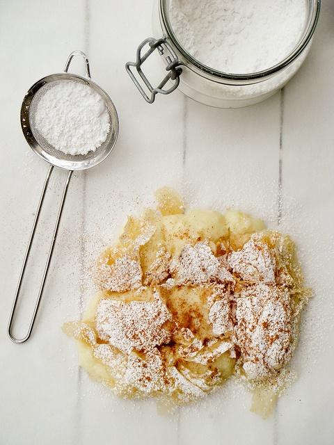 bougatsa - greek pie with vanilla cream filling