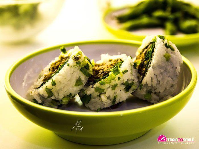 Un sushi così è delizioso e molto molto salutare, provalo...clicca sulla foto per poter sapere come fare.