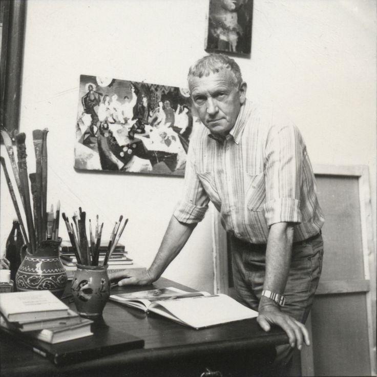 Владислав Обух в своей студии