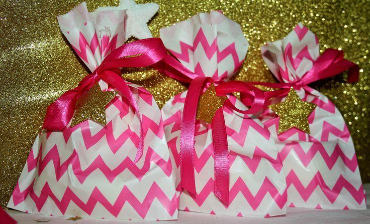 bellissime bustine chevron di vari colori per i tuoi regali di Natale www.ilciucciobabyshower.it/shop