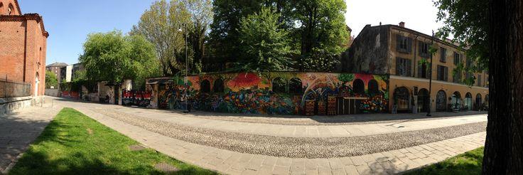 E per voi? è arte questa?  www.fuoriloco.wordpress.com #fuoriloco #milano #italia #italy #milan #graffiti #art