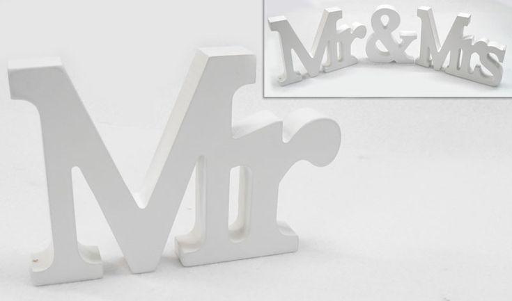 Ξύλινο διακοσμητικό επιτραπέζιο MR  ΔΙΑΣΤΑΣΕΙΣ: 9cm x 11cm x 1.8cm