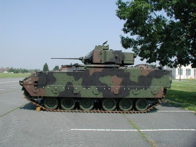 U.S. Army Bradley Fighting Vehicle | Bradley_M2A3_Infantry_Armored_Fighting_Vehicle_US_Army_14.jpg