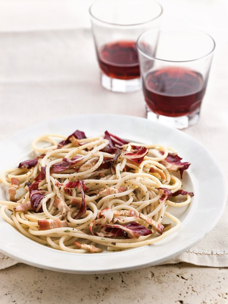 Spaghetti with Radicchio and Bacon Artsandcrafts
