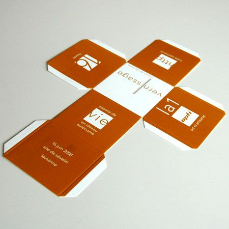 Cube flyer