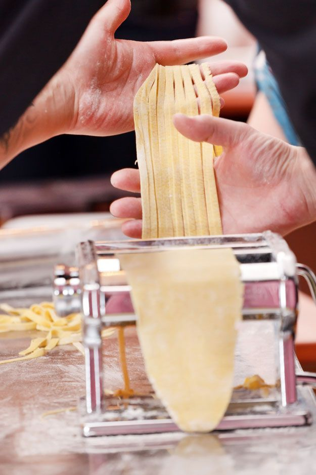 Cooking For Beginners: How To Make Homemade Pasta by Homemade Recipes at http://homemaderecipes.com/cooking-101/how-to-be-a-master-chef-in-10-days-pasta-grains