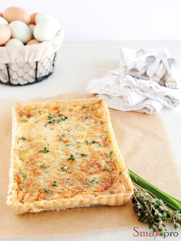 Яичный пирог с сыром - простые кулинарные рецепты с фото