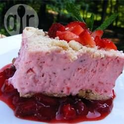 Torta mousse de morangos @ allrecipes.com.br
