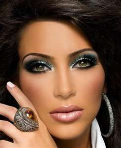 How To Do Dramatic Eyes Makeup On New Years Eve | Just In Five Minutes Kim kardashien