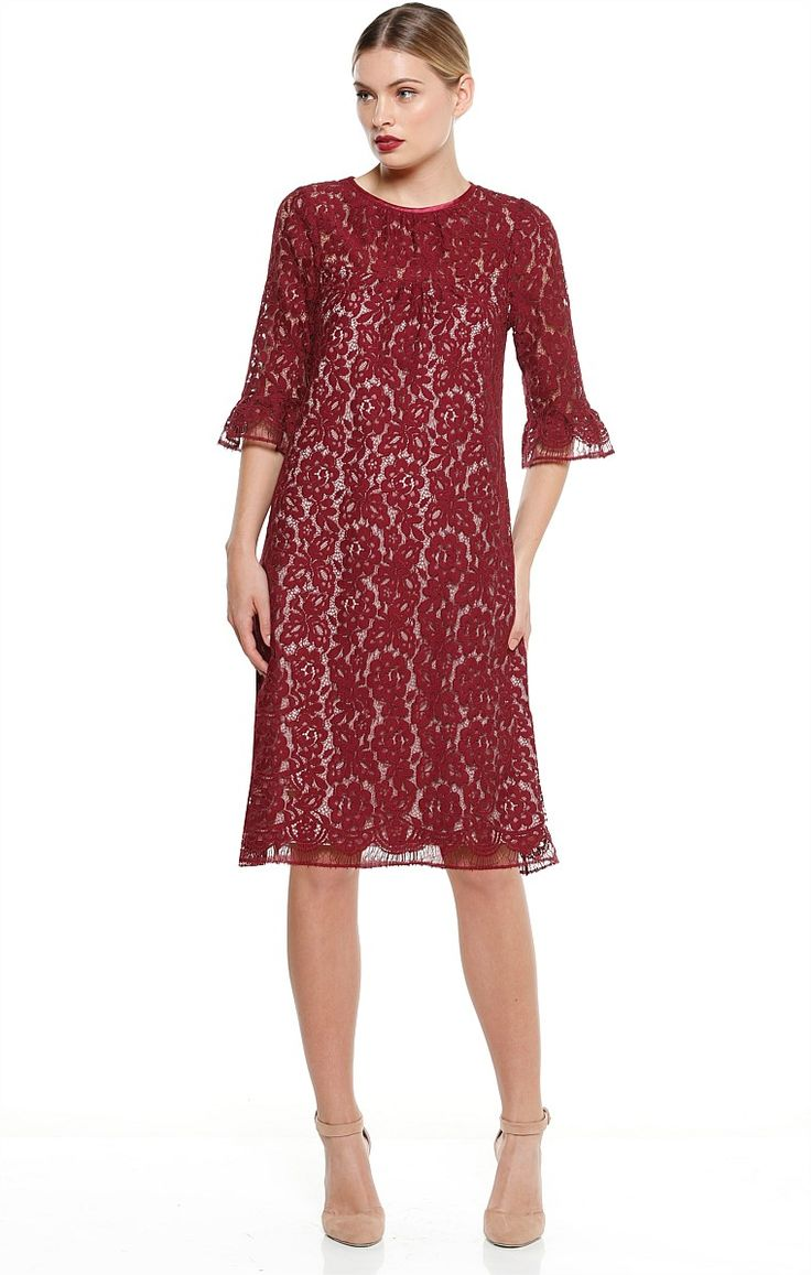 CIPOLLA KNEE LENGTH LACE BELL SLEEVE SHIFT DRESS IN BURGUNDY