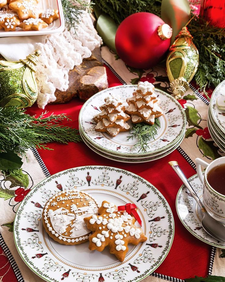 Similar to gingerbread, these traditional Slovakian cookies, called medovniky, rely on honey rather than brown sugar and molasses for the sweetener, but it is Ivana Smulikova's intricate icing designs that make these cookies true works of art.