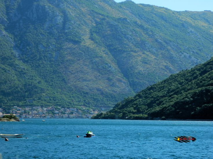 Bay of Kotor, Montenegro, Nikon Coolpix L310, 23.2mm, 1/160s, ISO80, f/4.7, -1.0ev, HDR-Art photography, 201607080846