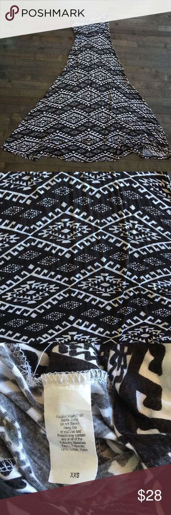 Lularoe Tribal Maxi Skirt Like new only worn a couple times. Original LuLaRoe tag. LuLaRoe Skirts Maxi