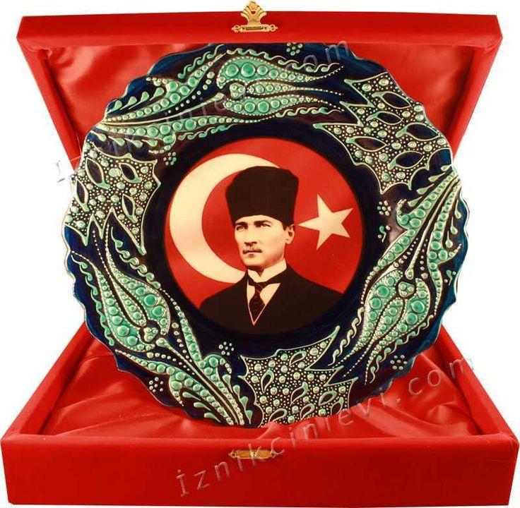 Mustafa Kemal Atatürk Baskılı Çini Tabak