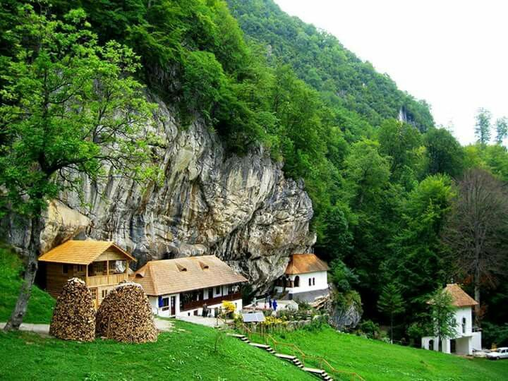 Valcea County #whyIloveRomania