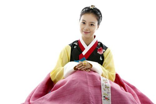 """문채원 """"'활' '공남' 모두 제게 행운 같은 일""""(인터뷰)"""