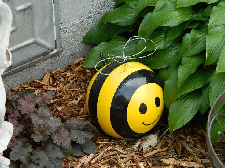 Bowling Ball turned into a garden Bee.