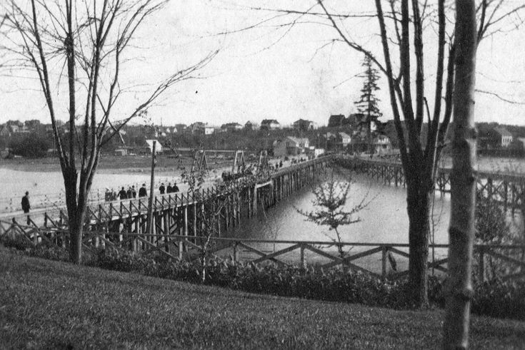 Archive Photos of the Day: West End From Stanley Park » Vancouver Blog Miss604