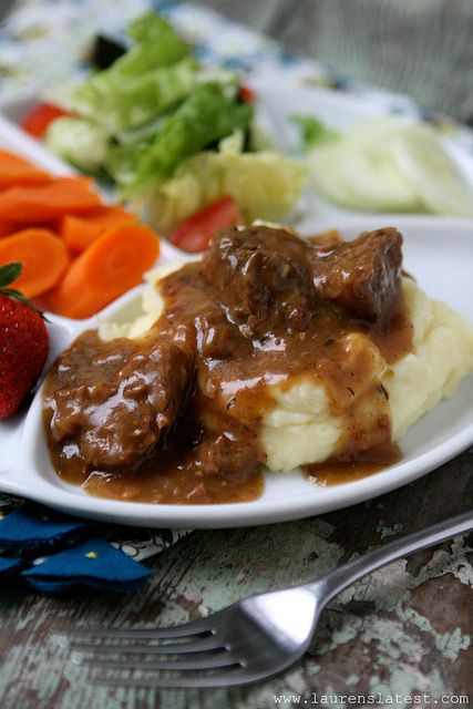This was delicious!  Expensive, though, so we'll save it for special occasions (or try with a cheaper cut of meat.  Slow-Cooked Tri Tips & Gravy with Mashed Potatoes