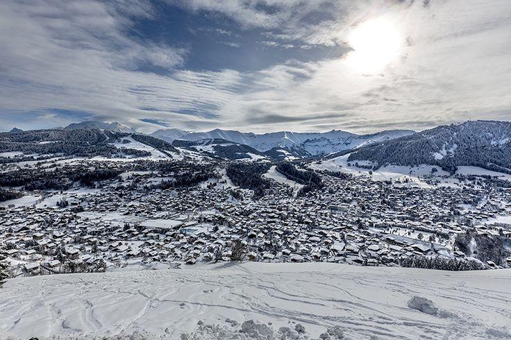 Megève vue d'en haut. Photographe: Steeves Ambill