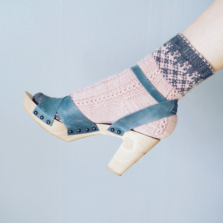 Spring socks. Free Swedish pattern available on our blog.