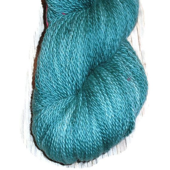 """Handdyed Bluefaced Leicester Wool Fingering Sock Yarn, 2-ply """"For ever Green"""". EU SELLER"""