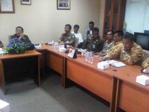 terkini Soal Duta Residence, Komisi A Gelar Rapat Tertutup dengan Warga Lihat berita https://www.depoklik.com/blog/soal-duta-residence-komisi-a-gelar-rapat-tertutup-dengan-warga/