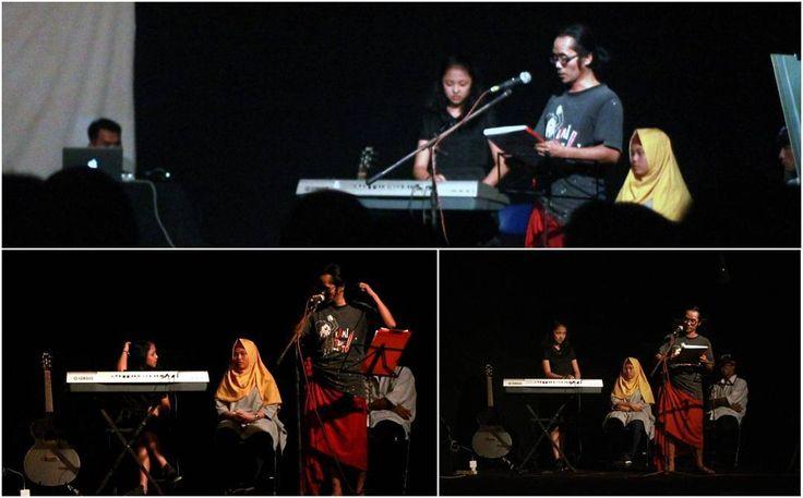 """Om Giok FASBuK Bulan Februari 2017 Merenda Untaian Karya Mengenang """"Aryo Gunawan"""" @teaterstudioone_  FASBuK Asik... . . . #fasbuk #indonesiakaya #seputarkudus #sangswara #teaterkuncupmekar #instagram #sastra #musiksastra #aryogunawan #teaterstudioone"""