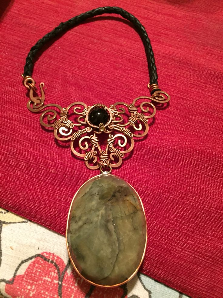 Emerald & Obsidian necklace.