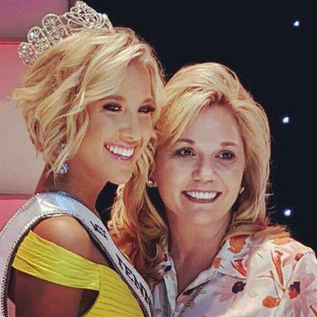 Julie Chrisley With Daughter Savannah Chrisley