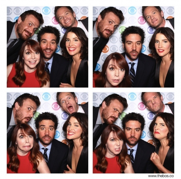 """Jason Segel, Neil Patrick Harris, Cobie Smulders, Josh Radnor and Alyson Hannigan from """"How I Met Your Mother"""""""