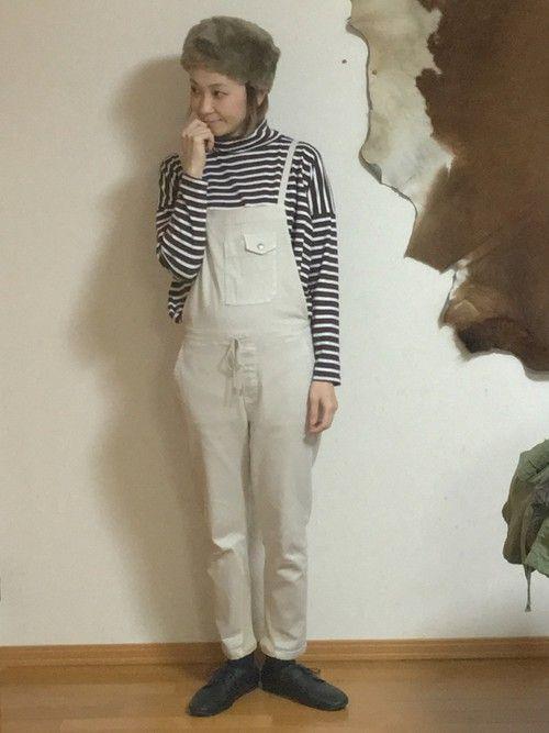 オーバーオールの着まわしコーデ🙈 最近仲良くさせていただいた大人シンプルな着こなしがかっこいい雰囲