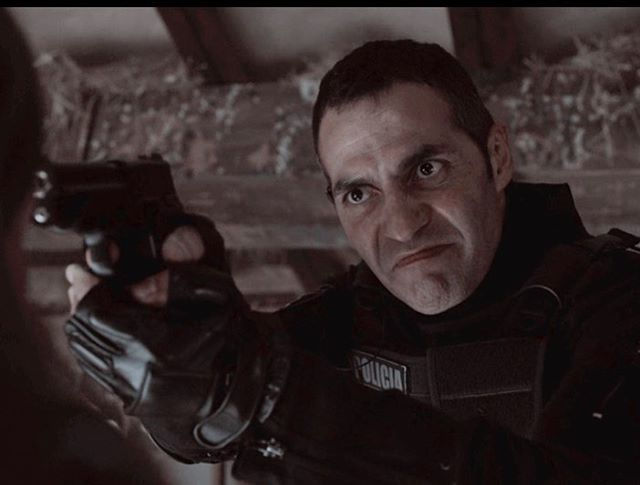 Suárez Peligroso Film John Character