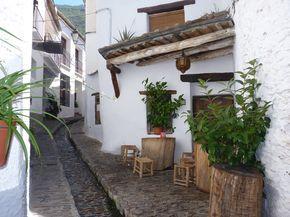 Calle peatonal... Pampaneira ... Granada ... España. | by karmen_valdivia